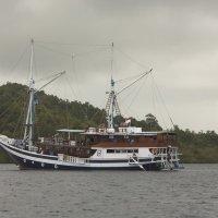 dive boat :: Irek Shamanaev