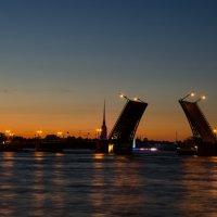 Дворцовый мост :: Пётр Леонтьев