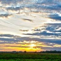 закат в небе и воде :: Дмитрий Симонов