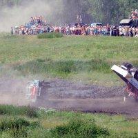 Летит... грузовик :: Тимофей Герасимов