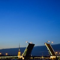 разводной мост :: Пётр Леонтьев