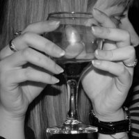 Бокал вина :: Ekaterina Shchurina