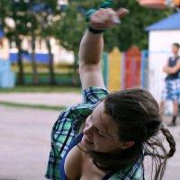 Танец (4) :: Евгений Юрков