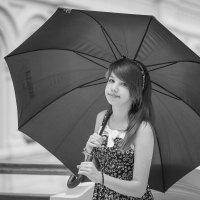 Под зонтом :: Михаил Кучеров