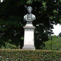 Памятник Фредерику Пациусу.(Хельсинки) :: Александр Лейкум