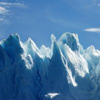 Ледяные горы фьорда Илулиссат :: Tatiana Belyatskaya