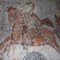 Георгий Победоносец - фреска в пещерной церкви древних христиан :: Галина