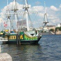 Старый фрегат :: Виктор Елисеев