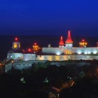 Крепость ночью :: Roman Globa