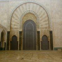 Вход в мечеть Хасана 2 :: Светлана marokkanka