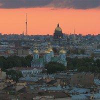 Закат в городе N.. :: Елена Шторм