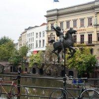 Девочка на карусельной лошадке :: Елена Павлова (Смолова)