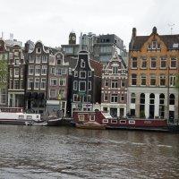 Архитектура Амстердама очень многогранна и уникальна. :: Елена Смолова