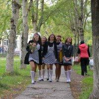1 сентября для одиннадцатиклашек :: Оксана Грищенко