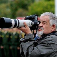 Вооружён, но неопасен. :: Leonid Volodko