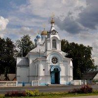 церковь с часами :: Вадим Кончиц