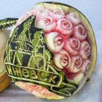 Резьба по арбузам :: Леонид Никитин