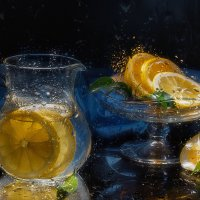 Кувшинчик с лимонами :: Светлана Л.