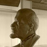 Ленин в галстуке :: Лана Lana