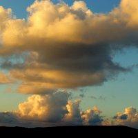 Закатом облако подсвечено! :: Марк