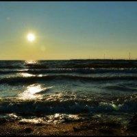 Солнце,море, волна, мечта... :: Павел Пироговский