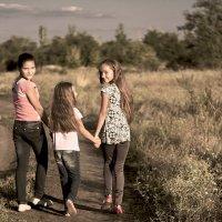 Счастливое детство :: Elena Bardizhka