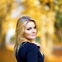 Осенняя... :: Виктория Харламова