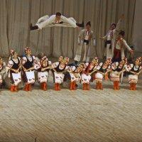 «Балет Игоря Моисеева», как называют коллектив в мире, в этом году отмечает свое 75-летие. :: Анастасия Смирнова