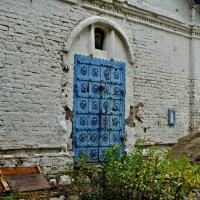 Вход в старую часовню :: Роман Кляпчин
