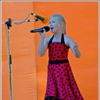 Оранжевая песня (Рыжий фестиваль) :: muh5257
