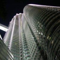Башни Петронас, Куала-Лумпур, Малайзия :: Tanya Petrosyan