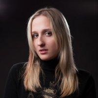 студийный портрет :: Павел Коротков