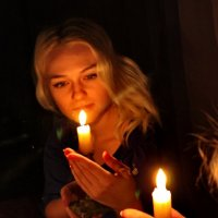 Гори, гори моя свеча... :: Наталья Юрова