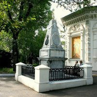 Памятник Шелехову :: Иван Гиляшев