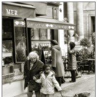 на улицах Парижа :: Юрий Дрейзин