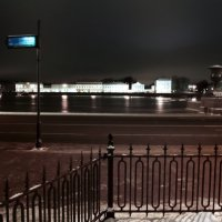 Вид на Адмиралтейскую набережную :: Алексей Кудрявцев