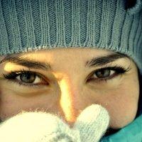 девушка в лучах январского солнца :: Екатерина Яковлева