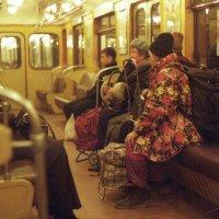 вечернее метро :: Vera Solomonova