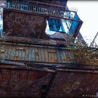 Жизнь старого дома :: Игорь Вишняков