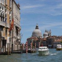 Венецианский проспект №8 :: Gennady Legostaev