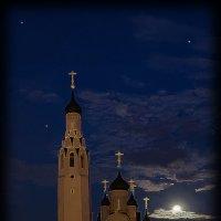 Храм Апостола Петра в лунном свете. :: Денис Бажан