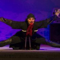 танец с кинжалами :: Василий Либко