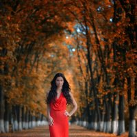 Женя в красном :: Женя Рыжов