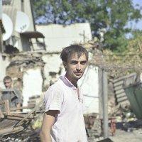 Человек на руинах ... :: Игорь Д
