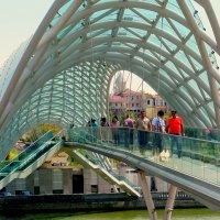 Тбилиси. Мост Мира. :: Игорь