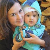 Мама с сыночком :: Валентина Манюгина