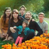 Веселая семейство Кравченко. :: Светлана Ковалева