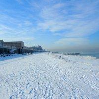 Зимний пляж :: Сергей Карачин