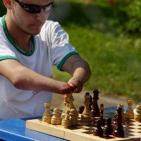 Игорь Осляков - Игра в шахматы