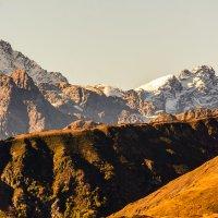 На вершине Северного Кавказа :: Дмитрий Марков